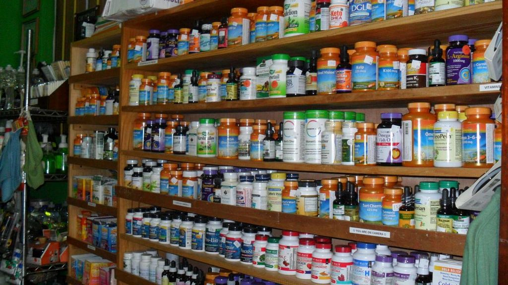 """Photo of Salud Para Vida  by <a href=""""/members/profile/Salud%20Para%20VIda"""">Salud Para VIda</a> <br/>Vitamins, Supplements, Superfoods and more.  <br/> September 26, 2014  - <a href='/contact/abuse/image/21446/81133'>Report</a>"""