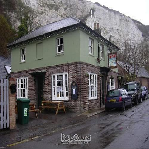 """Photo of The Snowdrop Inn  by <a href=""""/members/profile/wildfang"""">wildfang</a> <br/>outside <br/> May 19, 2010  - <a href='/contact/abuse/image/21447/4536'>Report</a>"""