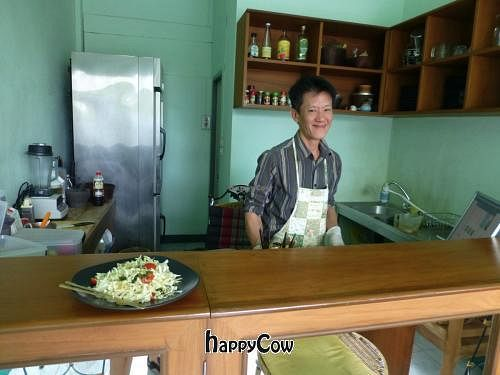 """Photo of CLOSED: GIVA  by <a href=""""/members/profile/lordnose"""">lordnose</a> <br/>Owner serves up a plate of Wakame Salad <br/> March 4, 2013  - <a href='/contact/abuse/image/21504/45039'>Report</a>"""