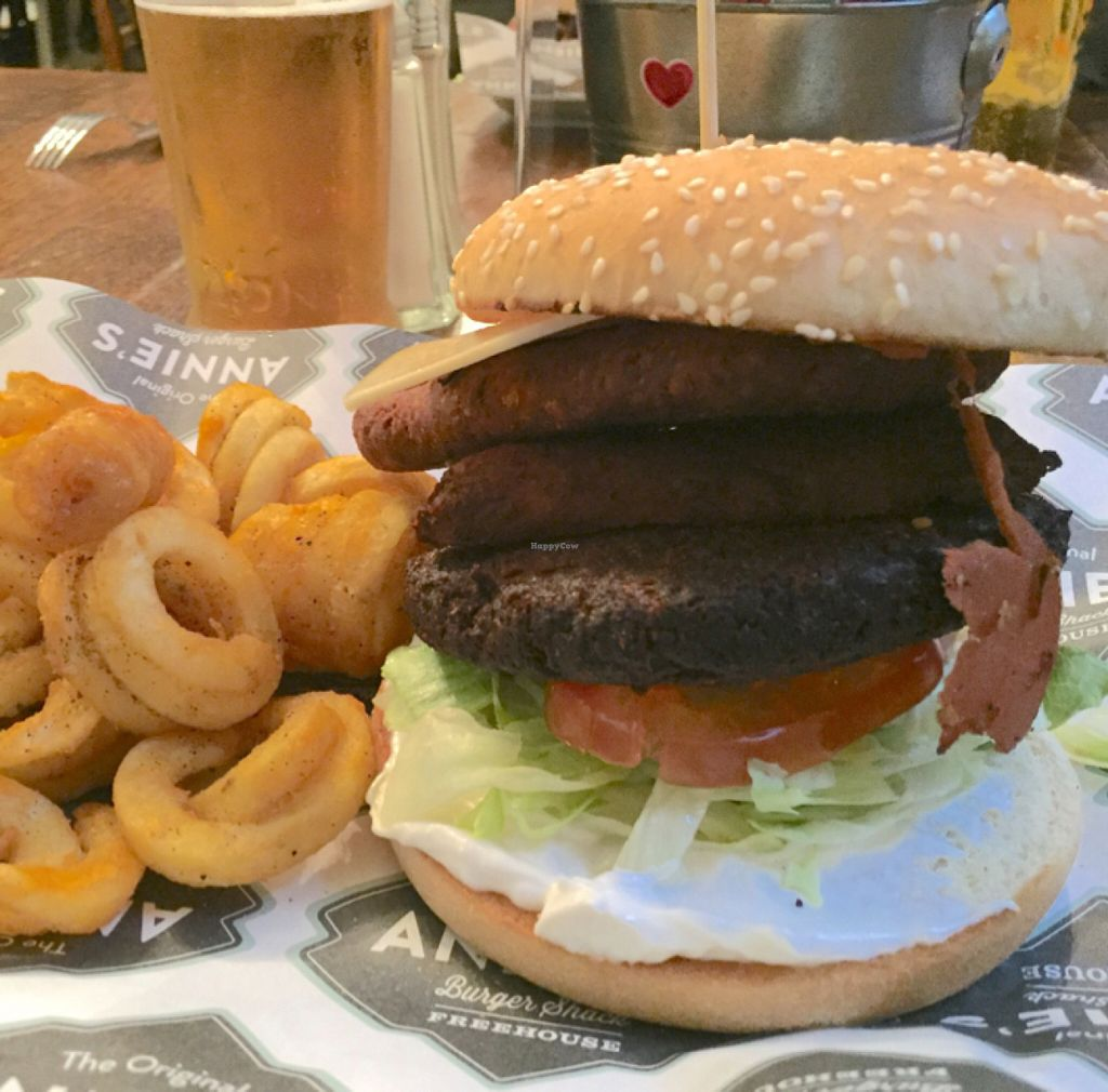 "Photo of Annie's Burger Shack  by <a href=""/members/profile/Chris_D"">Chris_D</a> <br/>Vegan Burger <br/> May 31, 2016  - <a href='/contact/abuse/image/21507/151616'>Report</a>"