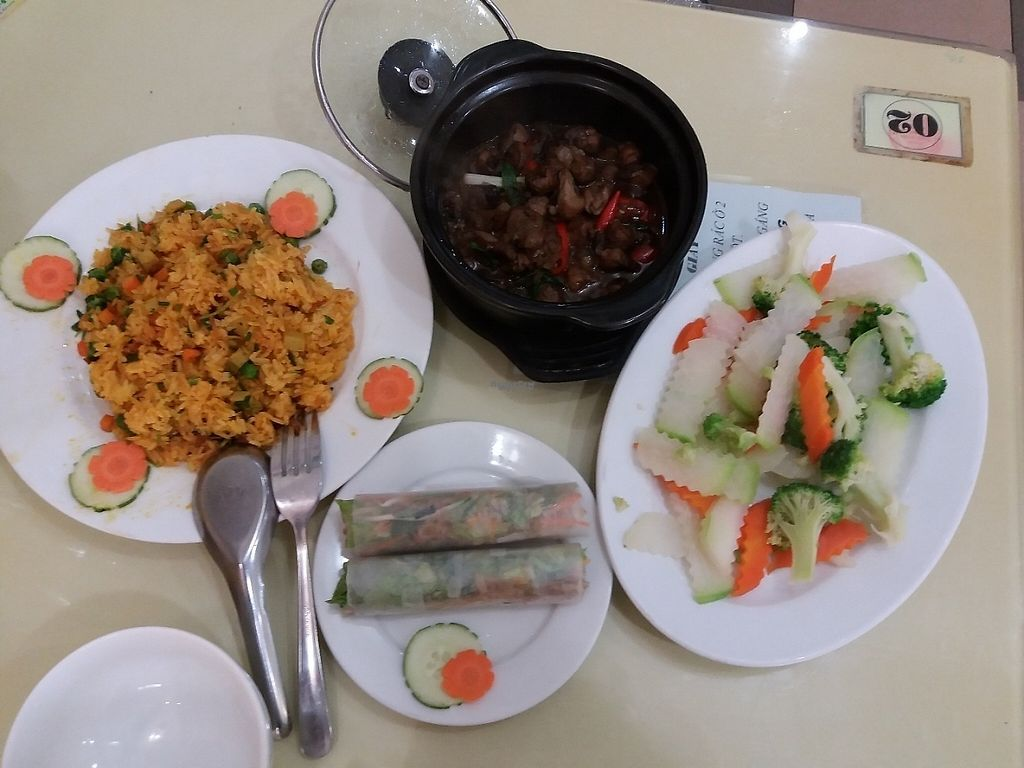 "Photo of Loving Hut - Tay Ho  by <a href=""/members/profile/veganvirtues"">veganvirtues</a> <br/>My lunch today <br/> January 9, 2017  - <a href='/contact/abuse/image/21552/210065'>Report</a>"