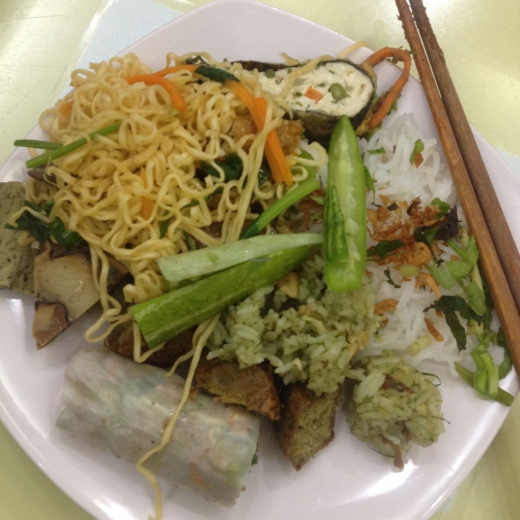"Photo of Loving Hut - Tay Ho  by <a href=""/members/profile/VeganGecko"">VeganGecko</a> <br/>Some of the buffet choices <br/> June 24, 2017  - <a href='/contact/abuse/image/21552/272968'>Report</a>"