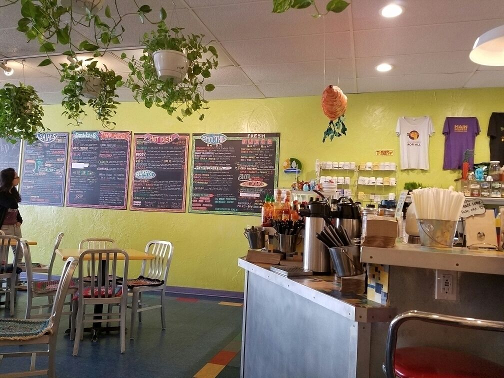 """Photo of Main Squeeze Natural Foods Cafe  by <a href=""""/members/profile/Brianlawley"""">Brianlawley</a> <br/>Great vegan options <br/> October 3, 2016  - <a href='/contact/abuse/image/2159/179477'>Report</a>"""