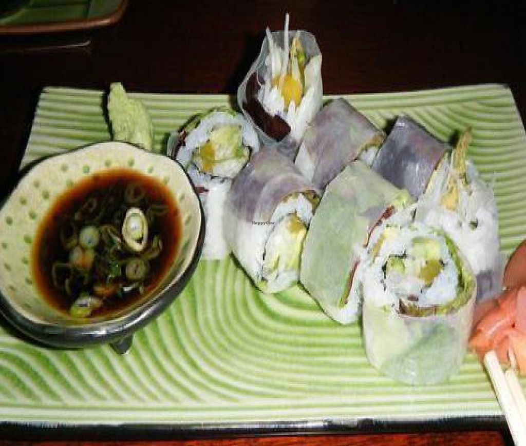 "Photo of CLOSED: Noodletasia  by <a href=""/members/profile/hoffmans2"">hoffmans2</a> <br/>Vegetarian roll (right off the sushi menu) <br/> August 3, 2010  - <a href='/contact/abuse/image/21619/214605'>Report</a>"