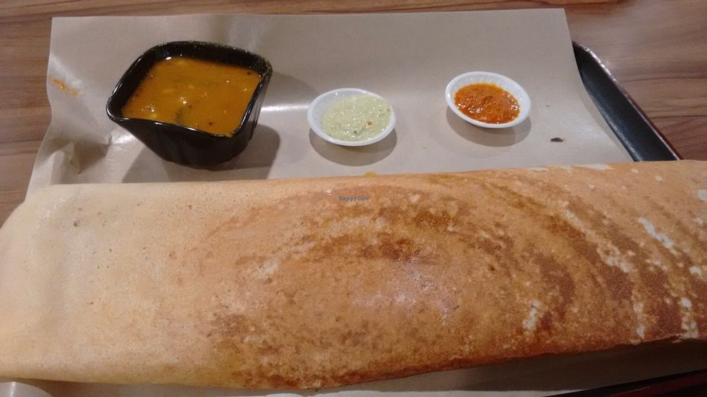"Photo of Changi Airport T2 - Kaveri Vegetarian  by <a href=""/members/profile/craigmc"">craigmc</a> <br/>Onion dosa, wasn't sure about the dips, they got left <br/> July 26, 2016  - <a href='/contact/abuse/image/21674/162421'>Report</a>"