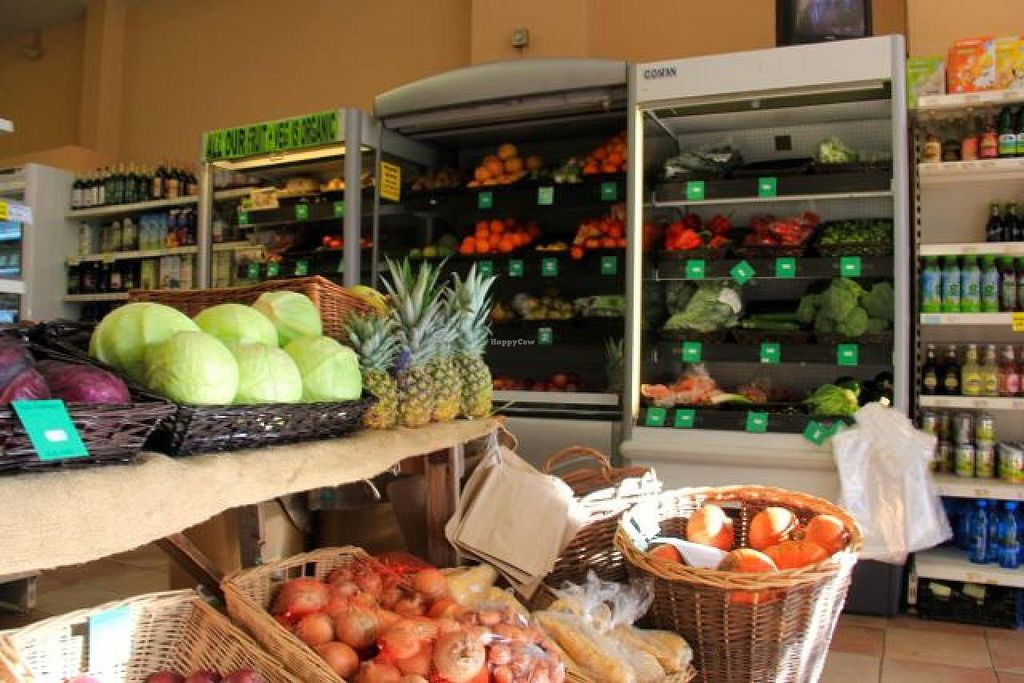 """Photo of Earthfare  by <a href=""""/members/profile/trinitybourne"""">trinitybourne</a> <br/>There's always a big healthy selection of fairly priced, fresh, organic fruits and veggies, favouring local produce whenever possible.  <br/> February 8, 2014  - <a href='/contact/abuse/image/22074/63907'>Report</a>"""