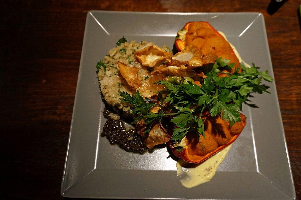 "Photo of Viasko - Bar und Restaurant  by <a href=""/members/profile/Ricardo"">Ricardo</a> <br/>Cauliflower-almond Rice w/ Cashew-Pepper <br/> September 3, 2017  - <a href='/contact/abuse/image/22272/300444'>Report</a>"
