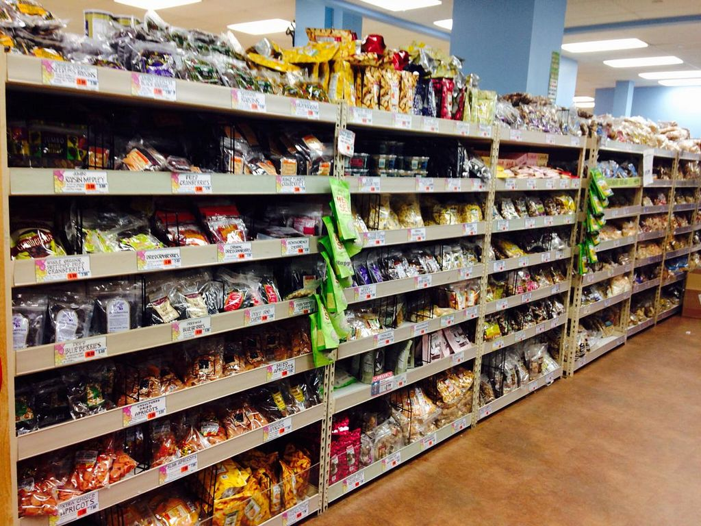 """Photo of Trader Joe's - 25th St  by <a href=""""/members/profile/cookiem"""">cookiem</a> <br/>Snacks to go <br/> April 9, 2015  - <a href='/contact/abuse/image/22404/98442'>Report</a>"""