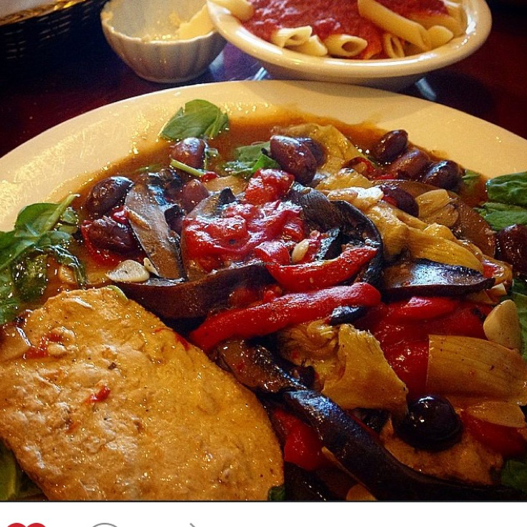 """Photo of Via Roma Pizza and Restaurant  by <a href=""""/members/profile/Crisveganfit"""">Crisveganfit</a> <br/>vegan entree  <br/> October 31, 2015  - <a href='/contact/abuse/image/22475/123332'>Report</a>"""