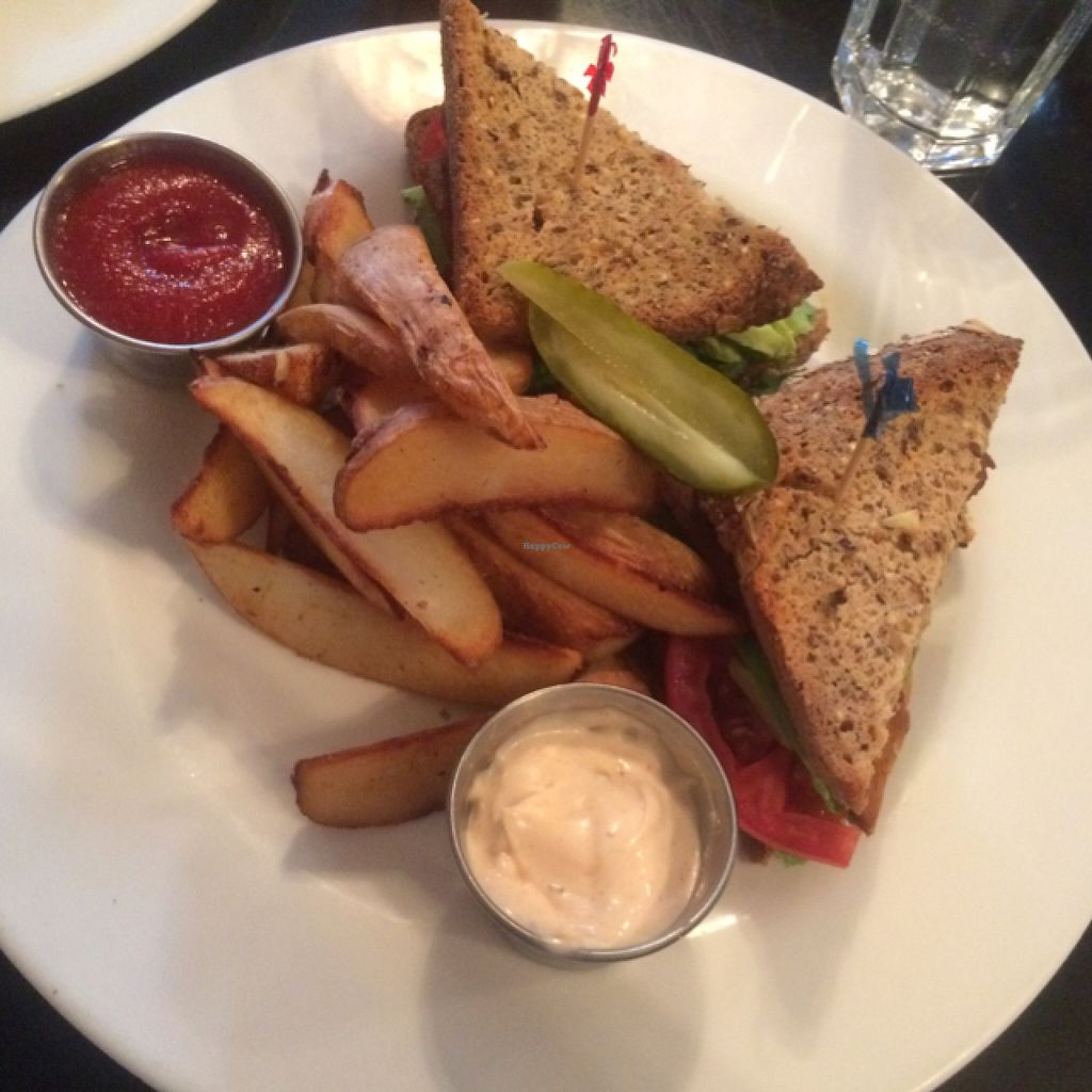 "Photo of Candle Cafe  by <a href=""/members/profile/danielacaporali"">danielacaporali</a> <br/>Avocado Club Sandwich  <br/> September 7, 2015  - <a href='/contact/abuse/image/2260/116701'>Report</a>"