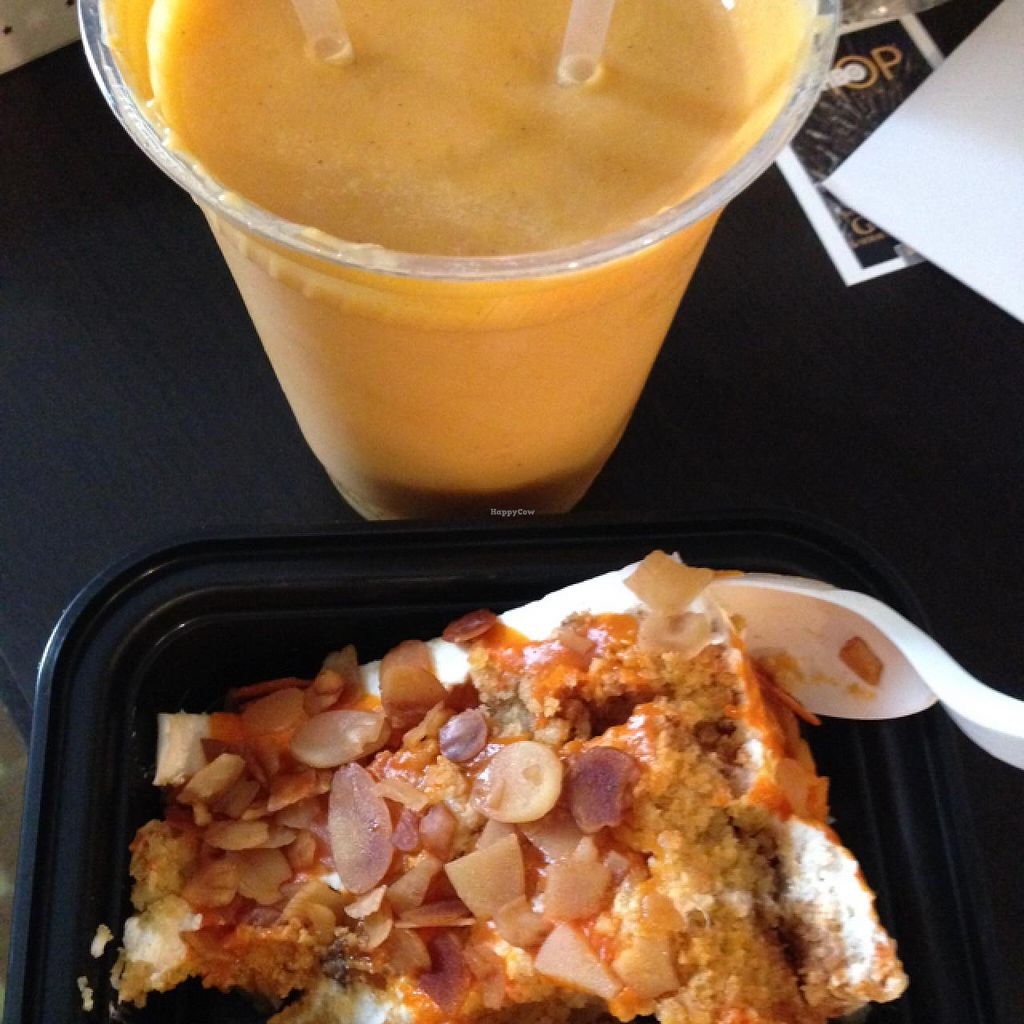 "Photo of Candle Cafe  by <a href=""/members/profile/Adele17"">Adele17</a> <br/>Carrot cake and Sweet potato smoothie <br/> December 19, 2014  - <a href='/contact/abuse/image/2260/88269'>Report</a>"