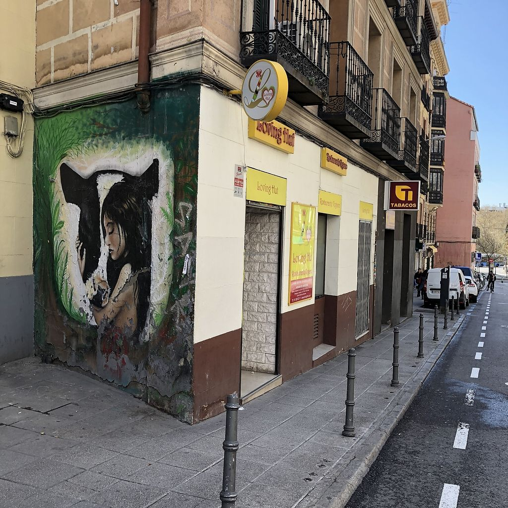 """Photo of Loving Hut - Madrid  by <a href=""""/members/profile/TARAMCDONALD"""">TARAMCDONALD</a> <br/>Exterior of restaurant <br/> April 17, 2018  - <a href='/contact/abuse/image/22668/387206'>Report</a>"""