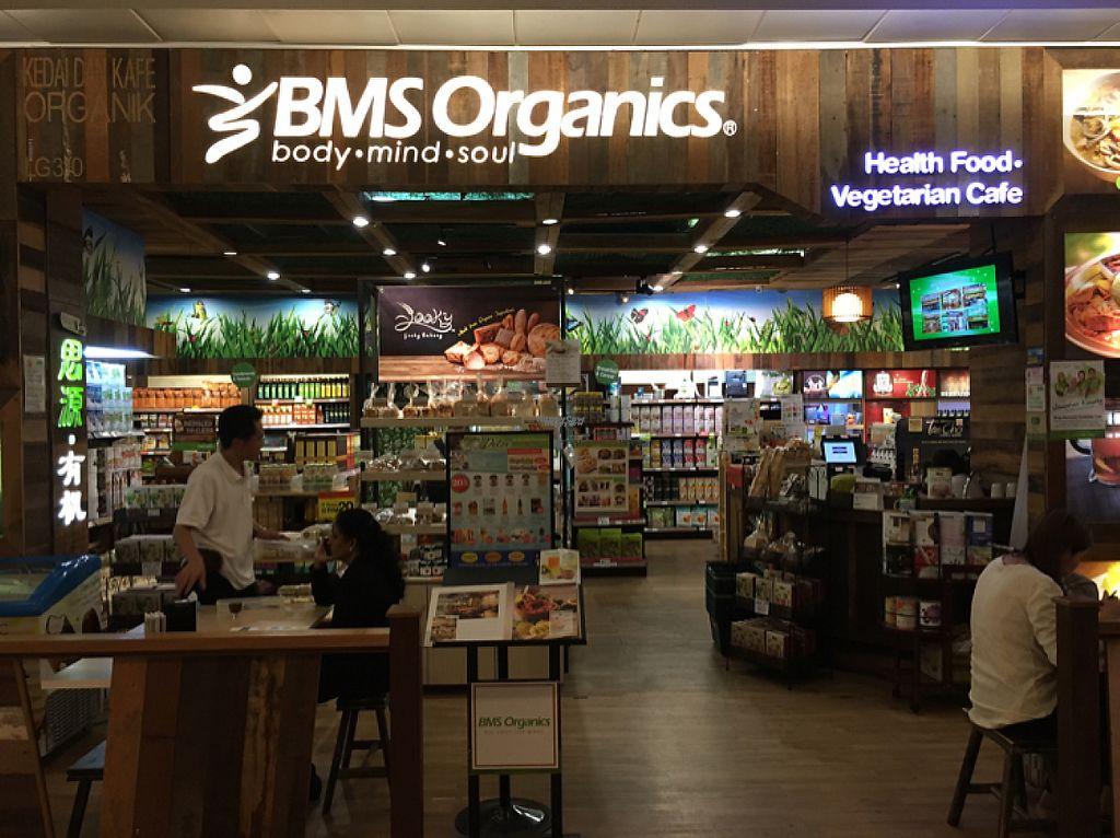 "Photo of BMS Organics - One Utama  by <a href=""/members/profile/Spaghetti_monster"">Spaghetti_monster</a> <br/>BMS One Utama  <br/> April 21, 2017  - <a href='/contact/abuse/image/23049/250465'>Report</a>"