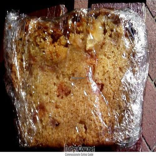 """Photo of CLOSED: Mimsbrook Food Store  by <a href=""""/members/profile/cvxmelody"""">cvxmelody</a> <br/>Vegan cake slice <br/> August 8, 2010  - <a href='/contact/abuse/image/23162/5449'>Report</a>"""