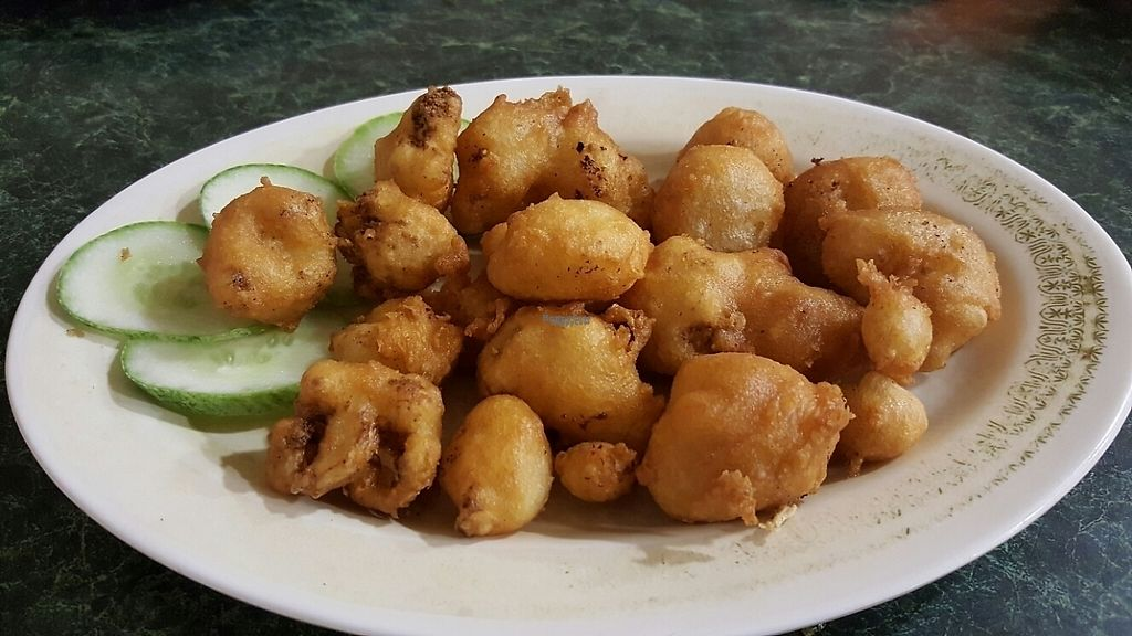 Photo of New Amata Vegetarian  by Raphael_Dane <br/>deep fried cauliflower <br/> December 19, 2016  - <a href='/contact/abuse/image/23165/202995'>Report</a>