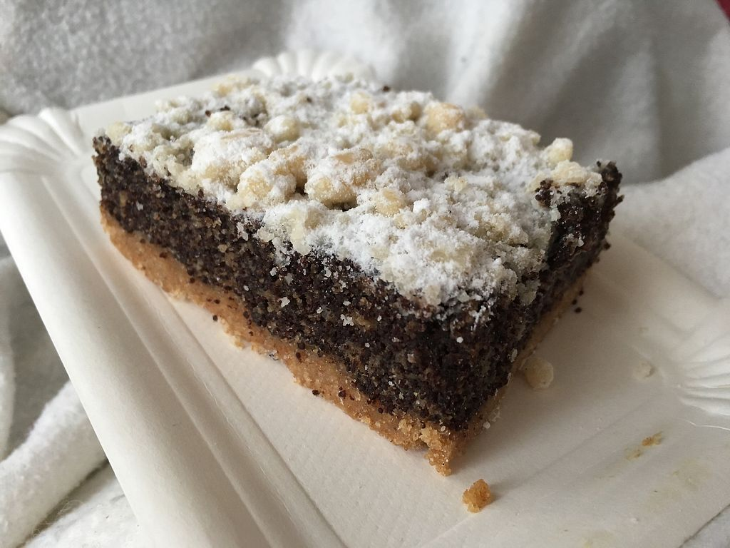 "Photo of denn's Biomarkt - Lister Meile  by <a href=""/members/profile/monisonfire"">monisonfire</a> <br/>vegan poppyseed cake <br/> February 5, 2018  - <a href='/contact/abuse/image/23167/355307'>Report</a>"