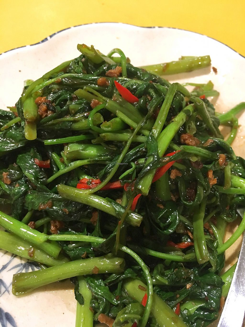 "Photo of Tian Pin Vegetarian Restaurant  by <a href=""/members/profile/pauldub"">pauldub</a> <br/>Kangkung belacan. Tasted just like conventional belacan dish. Vegan <br/> March 27, 2018  - <a href='/contact/abuse/image/23374/376921'>Report</a>"