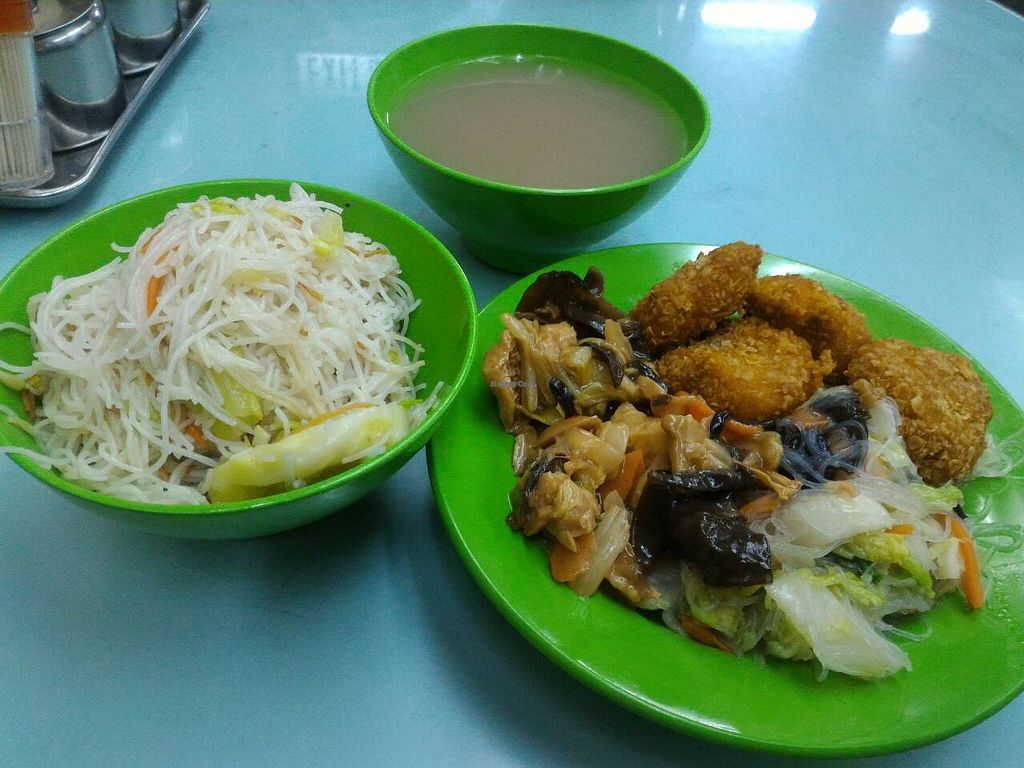 """Photo of Fook Luk Sau  by <a href=""""/members/profile/ouikouik"""">ouikouik</a> <br/>$39 lunch (3 out of 12 options), with unlimited rice, vermicelli/noodles, soup, dessert <br/> November 28, 2015  - <a href='/contact/abuse/image/23481/126373'>Report</a>"""