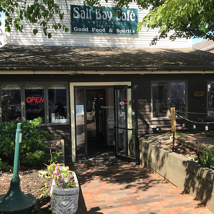 """Photo of CLOSED: Salt Bay Cafe  by <a href=""""/members/profile/Sarah%20P"""">Sarah P</a> <br/>entrance  <br/> June 8, 2017  - <a href='/contact/abuse/image/23626/267125'>Report</a>"""