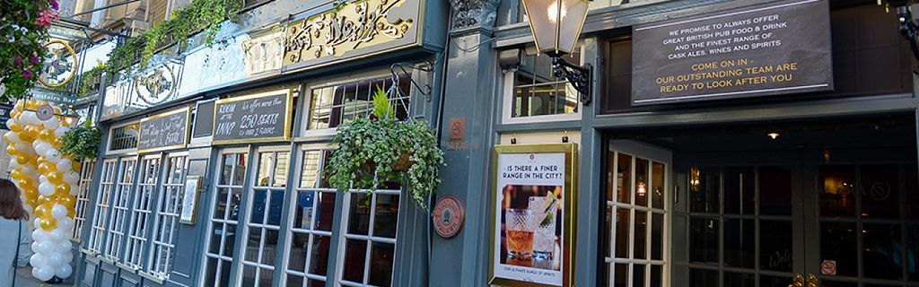 "Photo of Silver Cross Pub  by <a href=""/members/profile/Meaks"">Meaks</a> <br/>Silver Cross <br/> August 17, 2016  - <a href='/contact/abuse/image/23631/169417'>Report</a>"