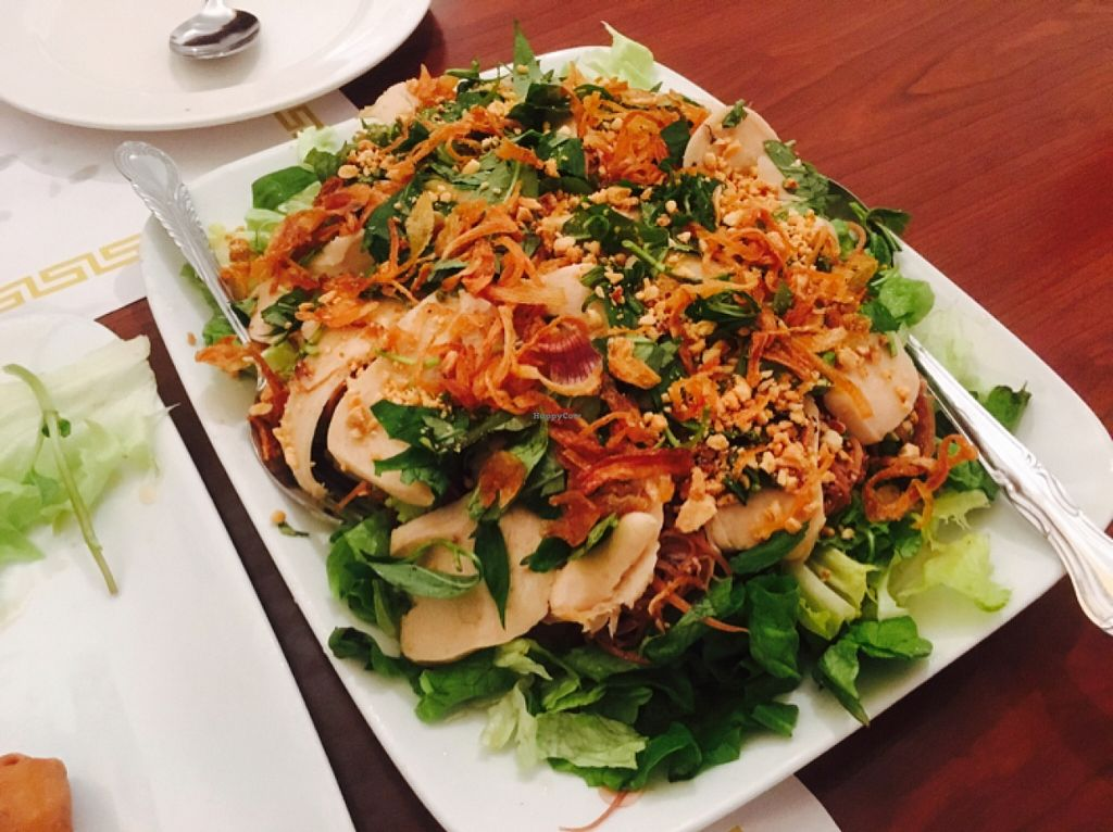 """Photo of Thuyen Vien  by <a href=""""/members/profile/amymylove"""">amymylove</a> <br/>banana flower chicken salad - mehhhh did not care for this at all <br/> February 5, 2016  - <a href='/contact/abuse/image/23785/135094'>Report</a>"""