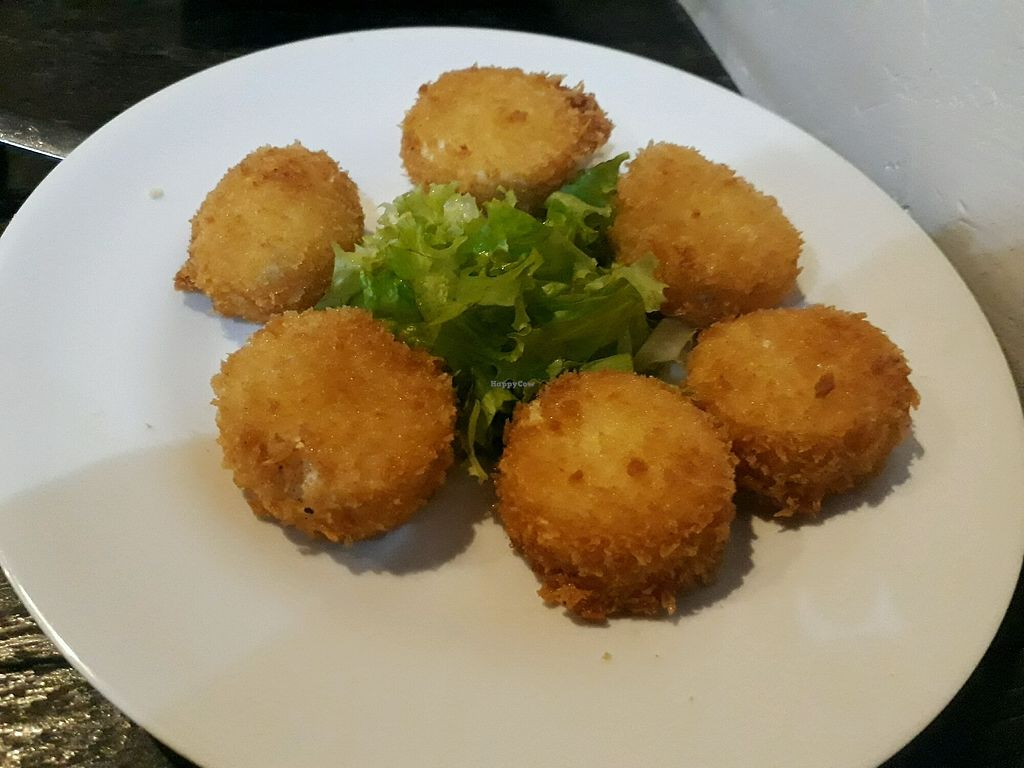 "Photo of Saigon Vegan - Vo Van Tan  by <a href=""/members/profile/LilacHippy"">LilacHippy</a> <br/>Deep Fried Tofu <br/> December 30, 2017  - <a href='/contact/abuse/image/23813/340847'>Report</a>"