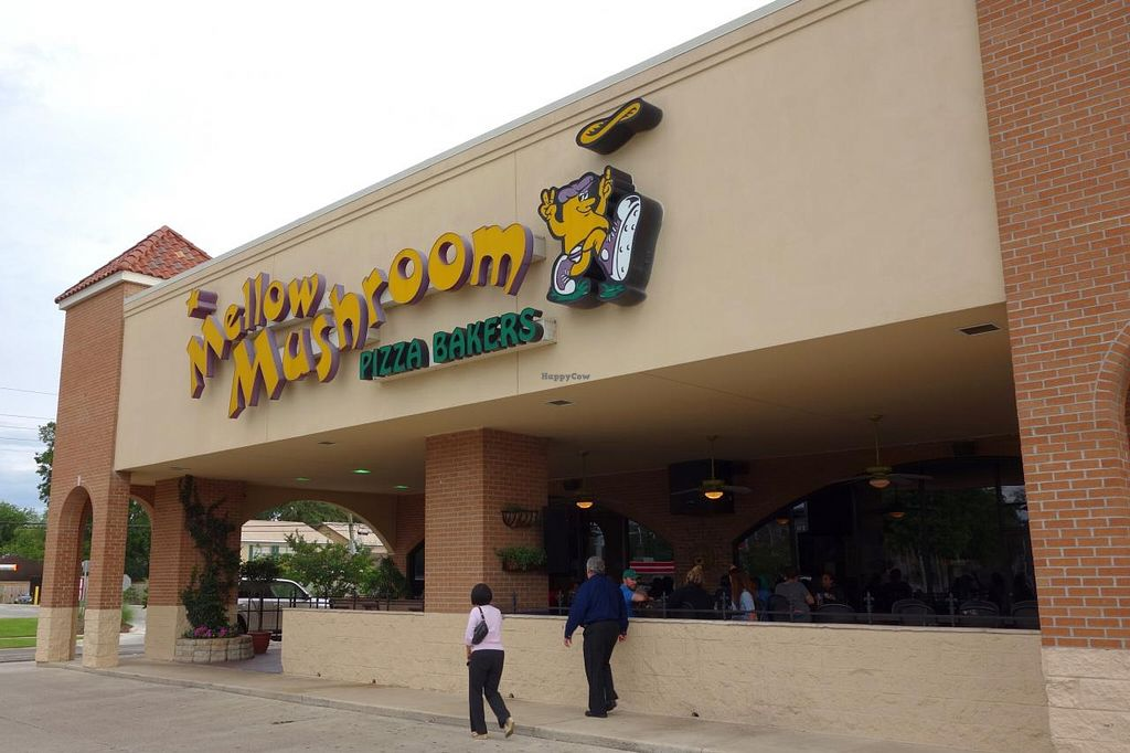 """Photo of Mellow Mushroom  by <a href=""""/members/profile/Gudrun"""">Gudrun</a> <br/>Mellow Mushroom <br/> June 13, 2015  - <a href='/contact/abuse/image/23857/105801'>Report</a>"""