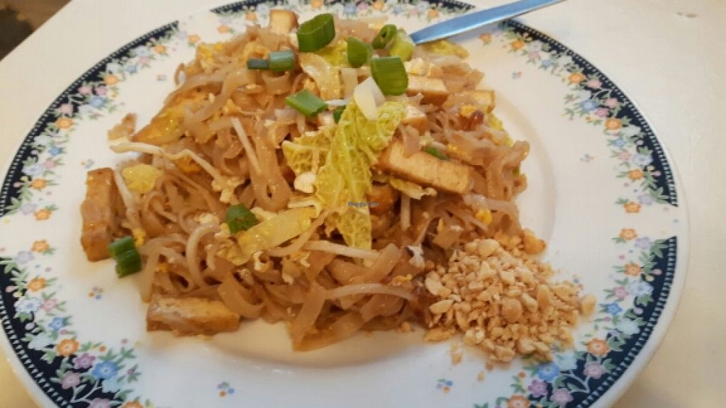 "Photo of Bangkok Thai Food  by <a href=""/members/profile/Josensei"">Josensei</a> <br/>Pad Thai  <br/> March 23, 2016  - <a href='/contact/abuse/image/23864/141079'>Report</a>"