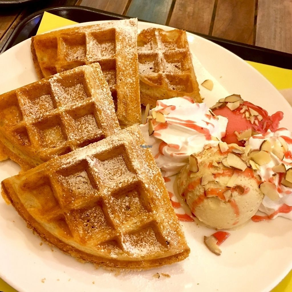 "Photo of Loving Hut Gangnam-gu - 러빙헛  by <a href=""/members/profile/safell"">safell</a> <br/>Seven Grain Waffles. comes with ice cream <br/> December 10, 2016  - <a href='/contact/abuse/image/23907/198903'>Report</a>"