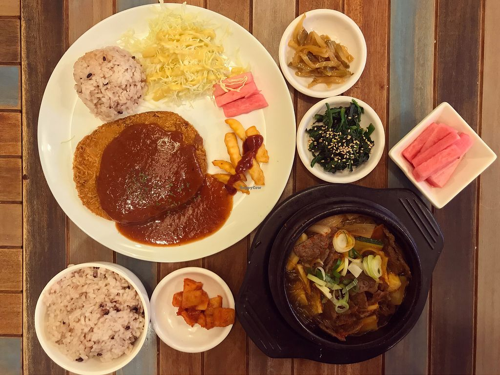 "Photo of Loving Hut Gangnam-gu - 러빙헛  by <a href=""/members/profile/FouzE"">FouzE</a> <br/>Cutlet and beef stew <br/> February 10, 2018  - <a href='/contact/abuse/image/23907/357255'>Report</a>"
