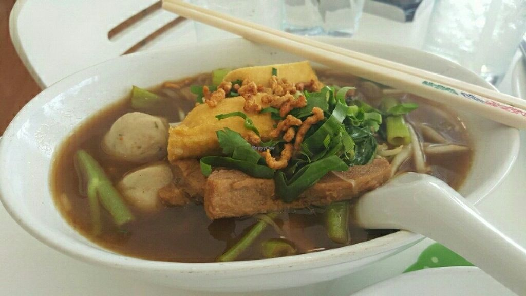 """Photo of Loving Hut - Nonthaburi  by <a href=""""/members/profile/FedericoBrandi"""">FedericoBrandi</a> <br/>Chonburi style noodle soup  <br/> July 3, 2016  - <a href='/contact/abuse/image/23933/157453'>Report</a>"""