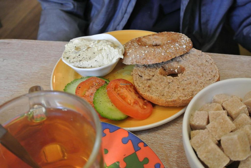 """Photo of Bagels & Beans - Raadhuisstraat  by <a href=""""/members/profile/DanielAmaral"""">DanielAmaral</a> <br/>Bagels and Beans <br/> July 11, 2014  - <a href='/contact/abuse/image/24140/73725'>Report</a>"""