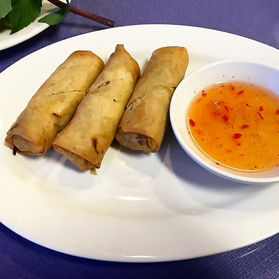 """Photo of Pho Vina  by <a href=""""/members/profile/YanethGris"""">YanethGris</a> <br/>Vegan egg rolls <br/> January 13, 2018  - <a href='/contact/abuse/image/24270/346010'>Report</a>"""