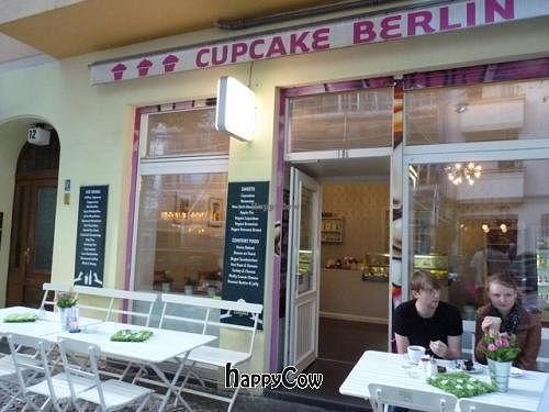 "Photo of Cupcake - Friedrichshain  by <a href=""/members/profile/Nihacc"">Nihacc</a> <br/>Cupcake Berlin <br/> May 15, 2013  - <a href='/contact/abuse/image/24284/48210'>Report</a>"