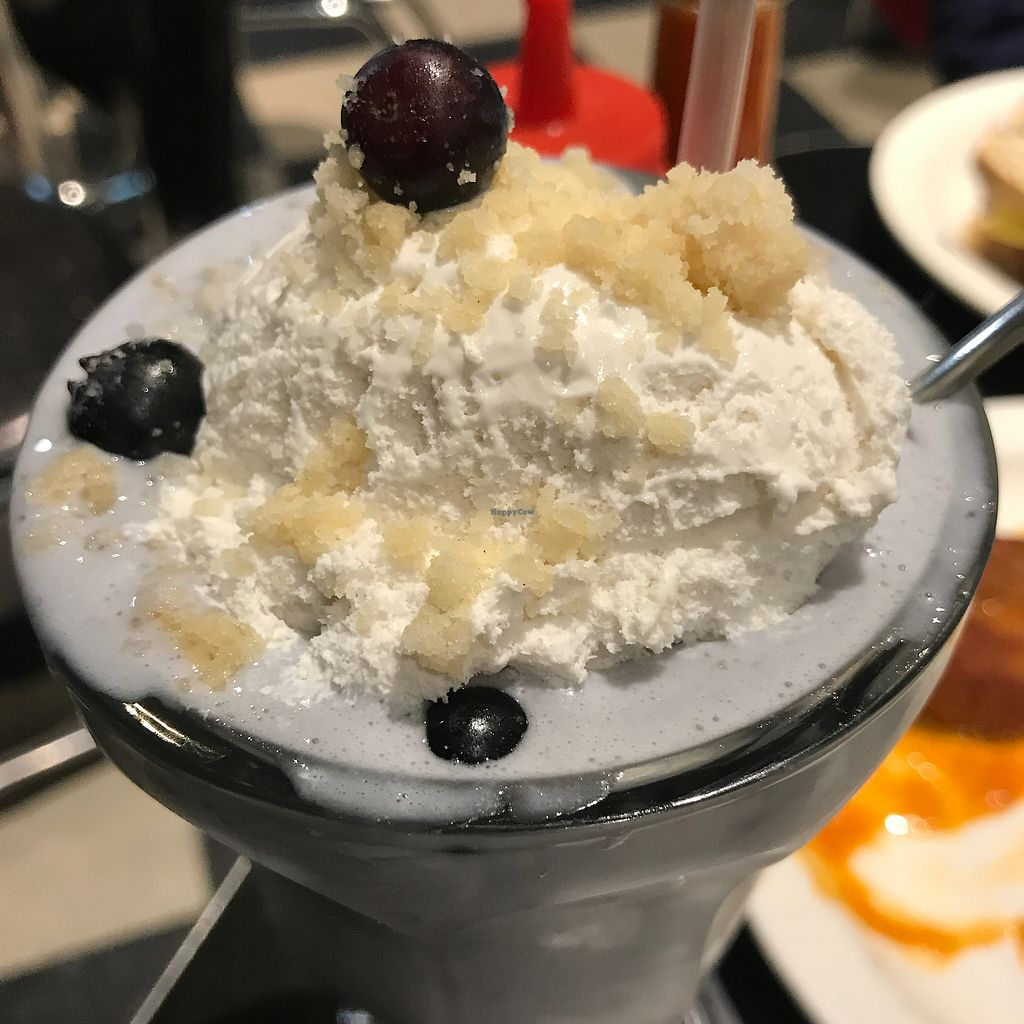 "Photo of Champs Diner  by <a href=""/members/profile/The%20London%20Vegan"">The London Vegan</a> <br/>Blueberry pie shake  <br/> November 14, 2017  - <a href='/contact/abuse/image/24286/325654'>Report</a>"