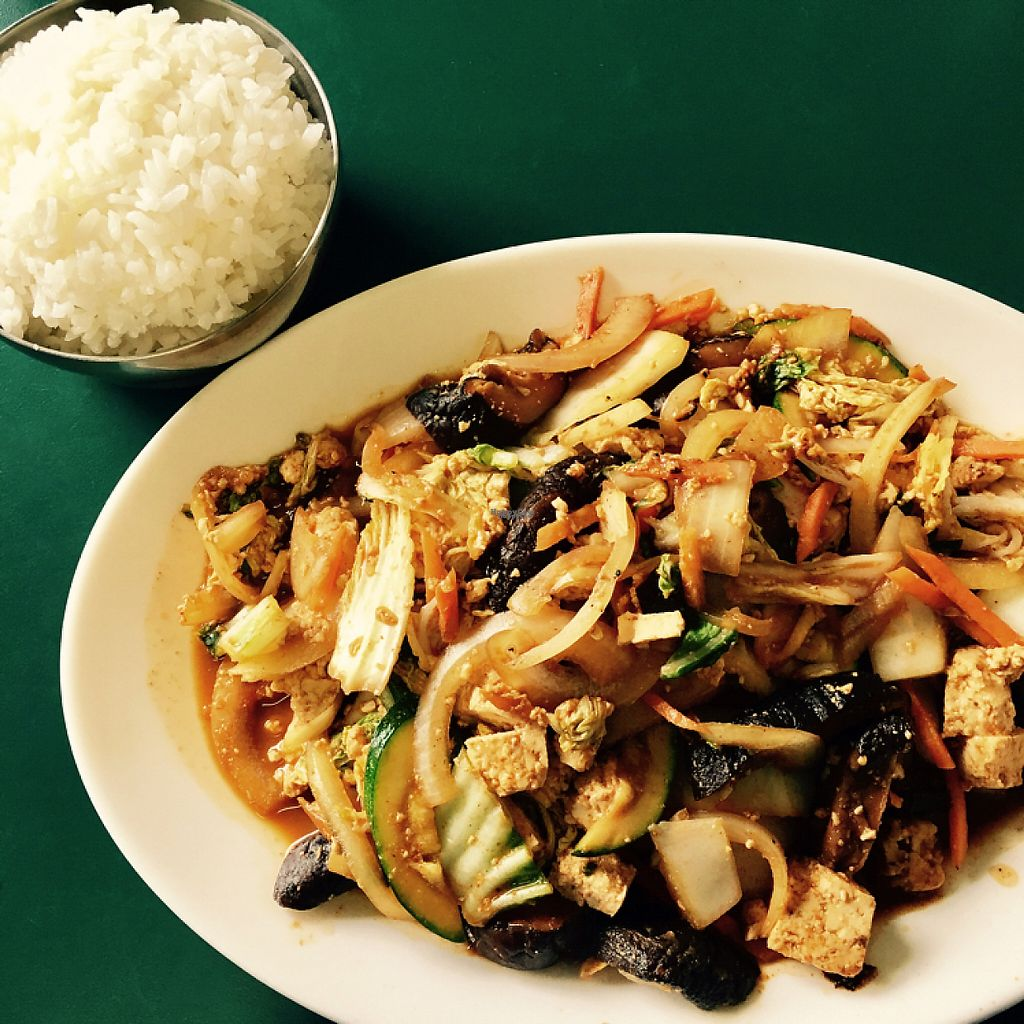 """Photo of Blue Cactus Cafe  by <a href=""""/members/profile/johnk"""">johnk</a> <br/>The """"Blue Cactus #2"""" tofu stir-fry. Yum! <br/> December 8, 2016  - <a href='/contact/abuse/image/24337/198366'>Report</a>"""