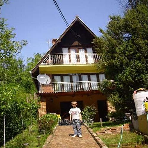 """Photo of Sunny Pension  by <a href=""""/members/profile/oliverar"""">oliverar</a> <br/>Sunnypension, the house <br/> January 21, 2011  - <a href='/contact/abuse/image/24420/7118'>Report</a>"""