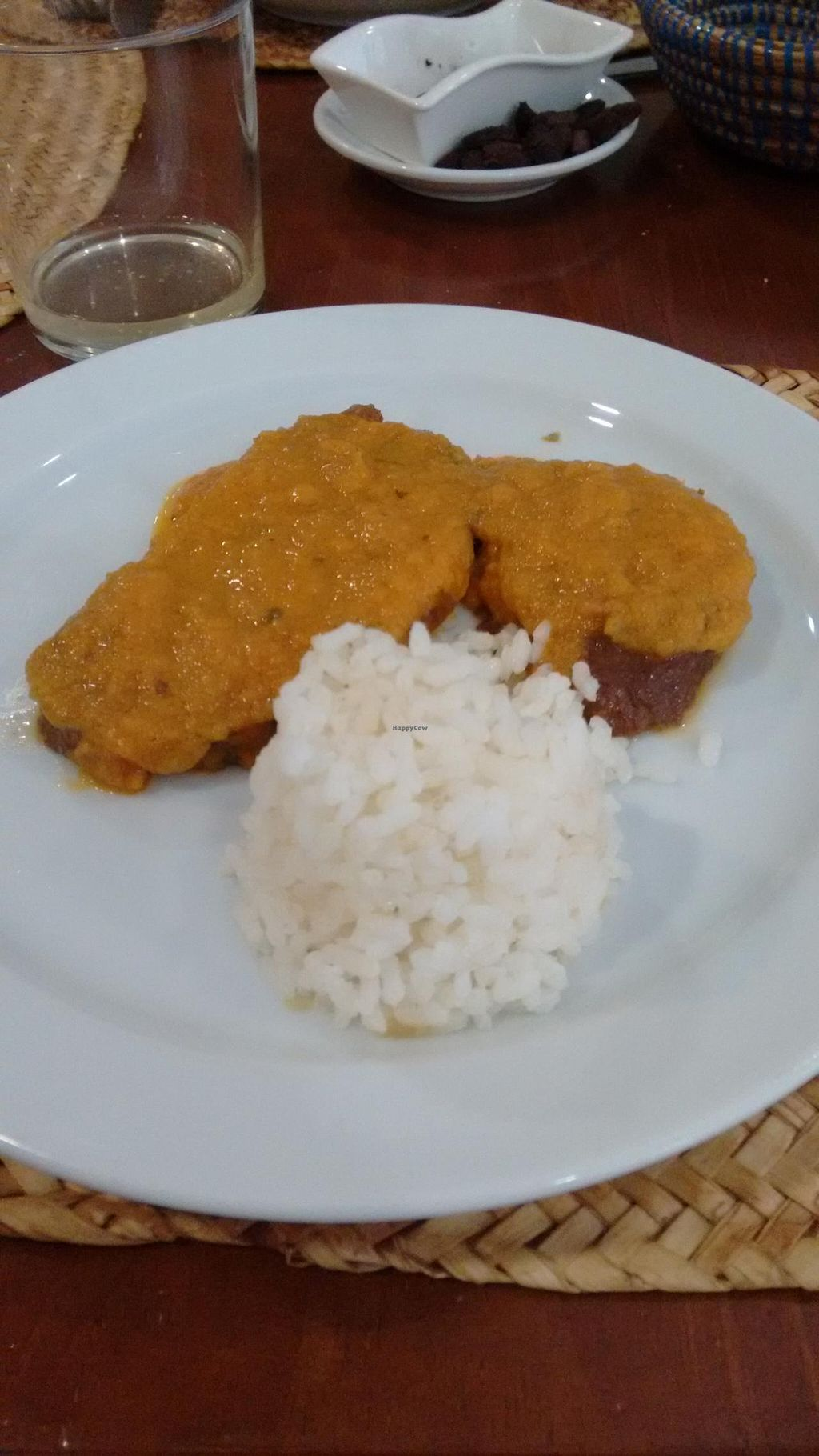 """Photo of Es Ginebro  by <a href=""""/members/profile/craigmc"""">craigmc</a> <br/>Schnitzel with tomato with a gazpacho style sauce <br/> May 31, 2015  - <a href='/contact/abuse/image/24440/104281'>Report</a>"""