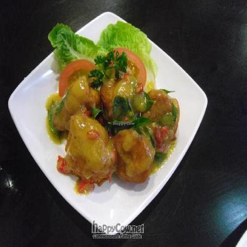 """Photo of Man Yuan Fang  by <a href=""""/members/profile/annemarie053"""">annemarie053</a> <br/>Buttermilk chicken... delicious! <br/> April 30, 2011  - <a href='/contact/abuse/image/24509/8450'>Report</a>"""
