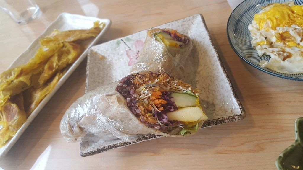 "Photo of YoGeeDaDee Organic Lifestyle  by <a href=""/members/profile/JohannaUdesen"">JohannaUdesen</a> <br/>rice, pumpkin, apple and pumpkin breakfast burrito <br/> October 8, 2017  - <a href='/contact/abuse/image/24547/313009'>Report</a>"