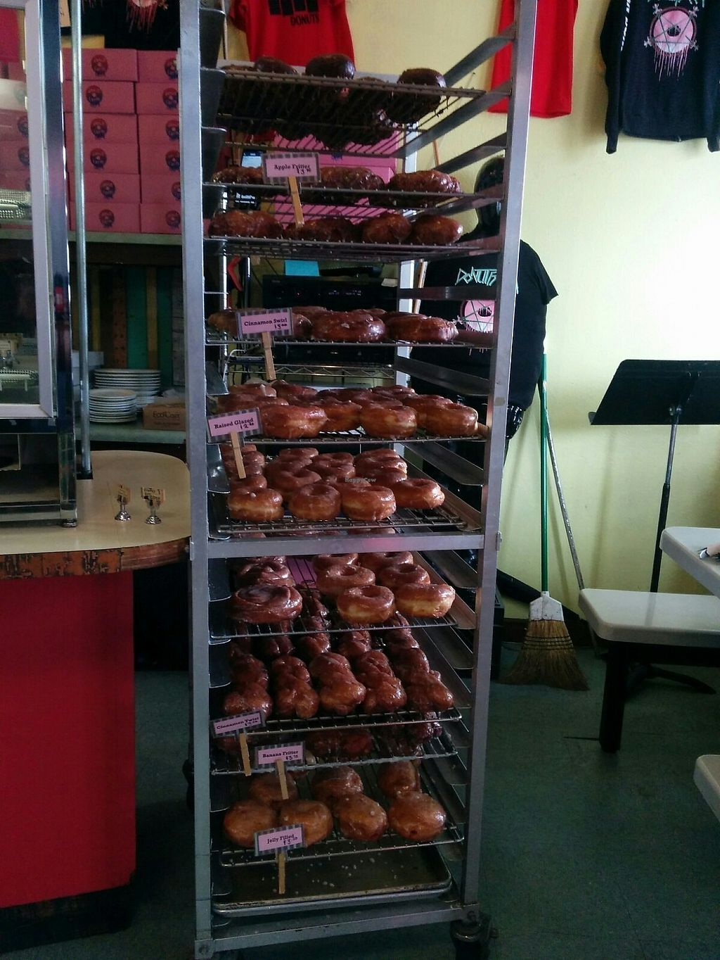 "Photo of Pepples Donut Farm  by <a href=""/members/profile/MizzB"">MizzB</a> <br/>Bringing in the day's glazed <br/> July 1, 2017  - <a href='/contact/abuse/image/24634/275726'>Report</a>"