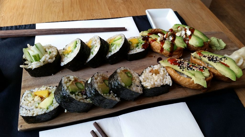 "Photo of REMOVED: Green Sushi  by <a href=""/members/profile/konlish"">konlish</a> <br/>sushi platter <br/> September 27, 2015  - <a href='/contact/abuse/image/24683/119292'>Report</a>"