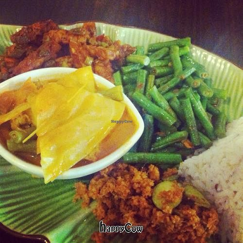 "Photo of CLOSED: Permai Village Cafe Vegetarian Delights  by <a href=""/members/profile/Teppiedoo"">Teppiedoo</a> <br/>Vegan Nasi Campur  <br/> August 21, 2012  - <a href='/contact/abuse/image/24687/36568'>Report</a>"