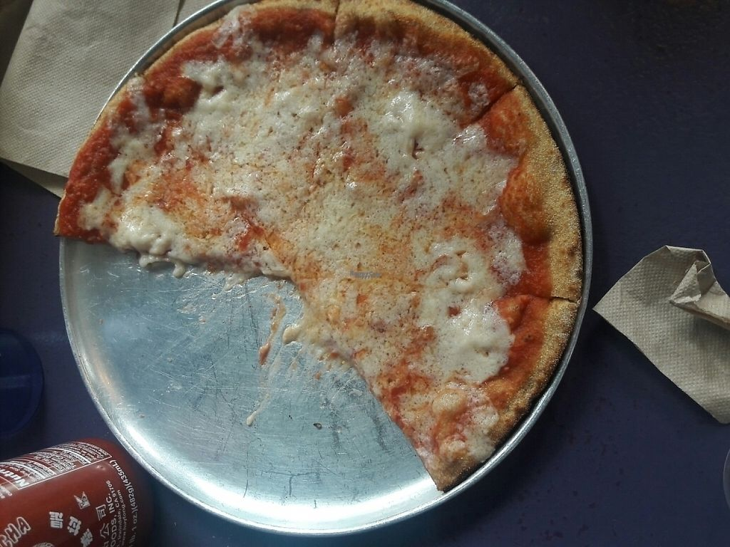 """Photo of Fresca on Addison  by <a href=""""/members/profile/mrsfonseca11"""">mrsfonseca11</a> <br/>Kids (follow your heart)cheese pizza <br/> April 5, 2017  - <a href='/contact/abuse/image/24738/245036'>Report</a>"""