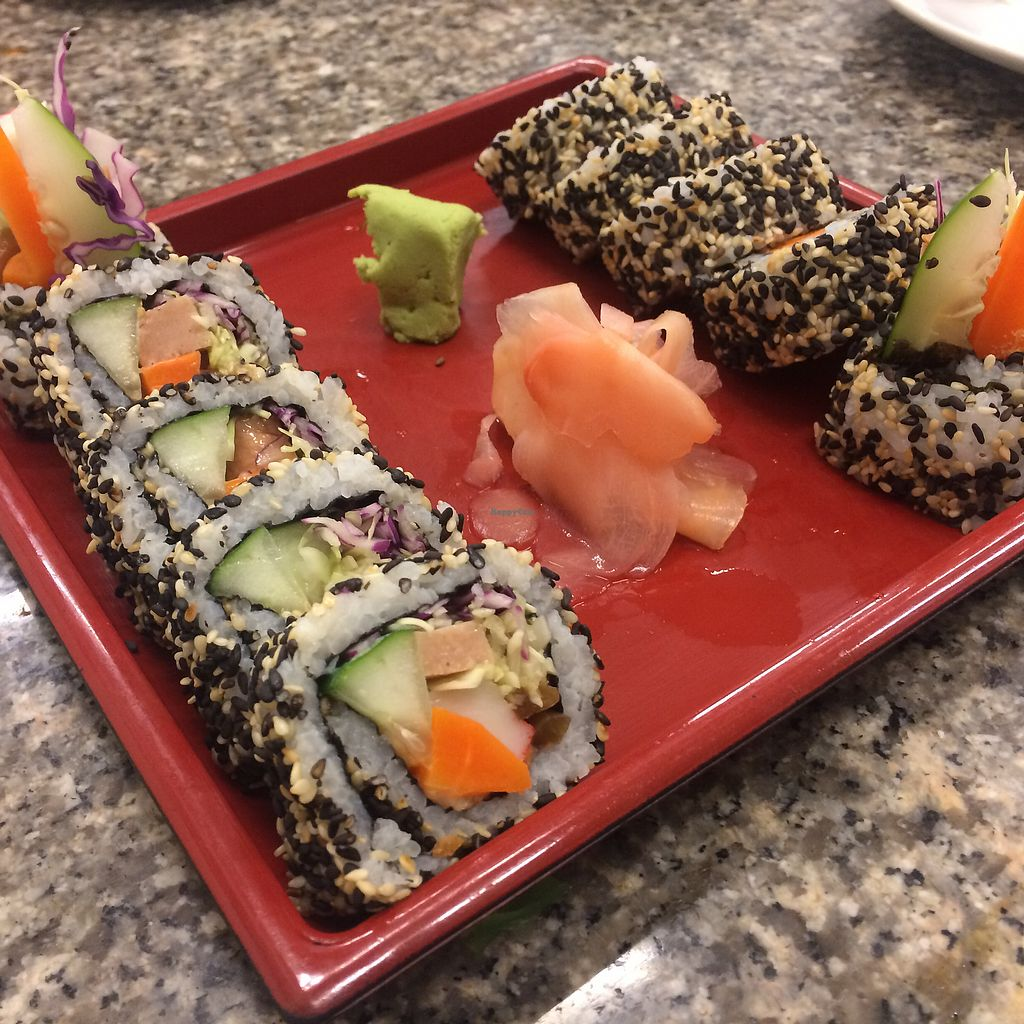 "Photo of Chijuya Restaurant - Jing Xin Health Food  by <a href=""/members/profile/evoontoast"">evoontoast</a> <br/>sesame seed uramaki sushi <br/> August 5, 2017  - <a href='/contact/abuse/image/24740/289229'>Report</a>"