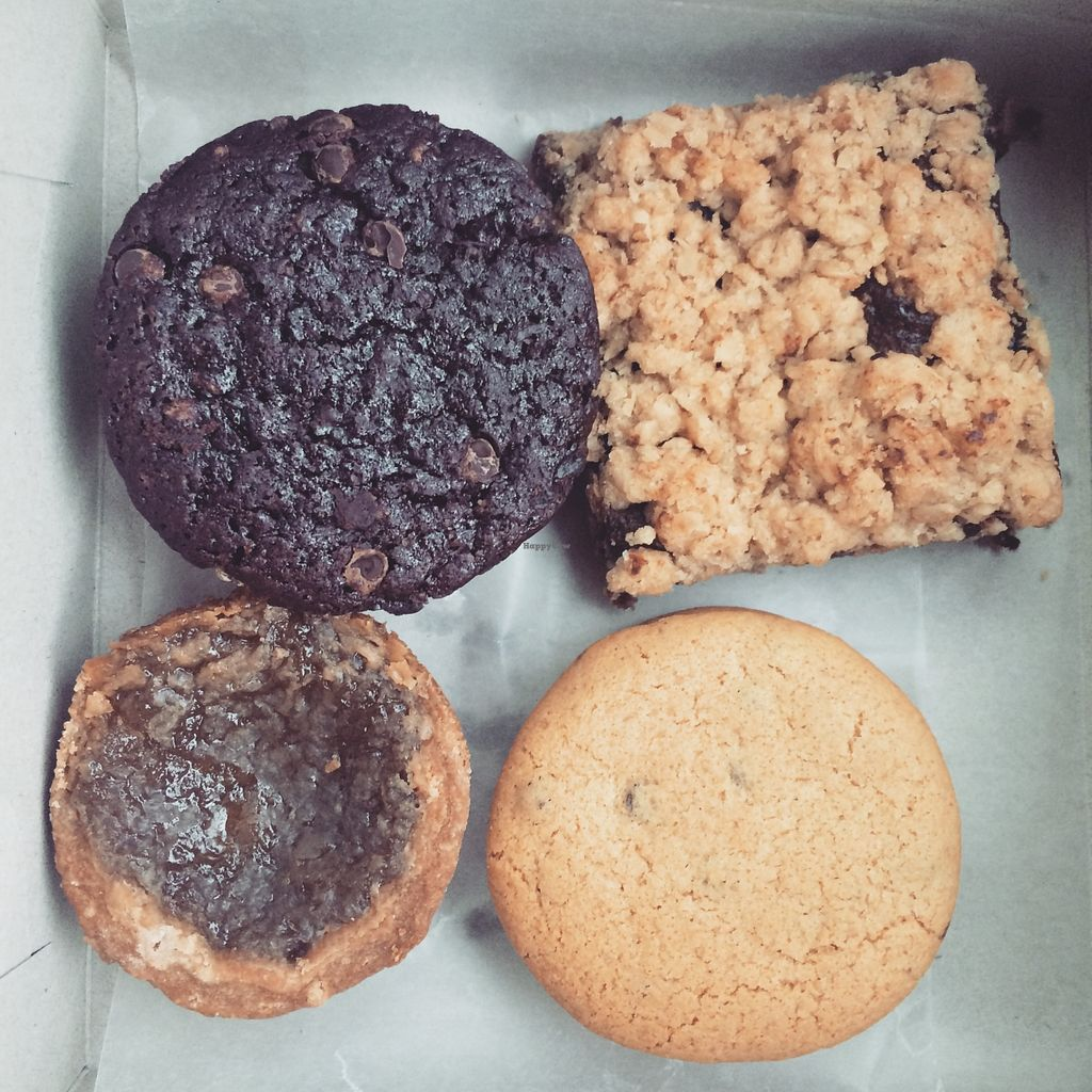 """Photo of Bunner's Bake Shop - Junction  by <a href=""""/members/profile/JazzyCow"""">JazzyCow</a> <br/>An assortment of sweets ^_^ Delicious!!! <br/> April 2, 2016  - <a href='/contact/abuse/image/24980/142463'>Report</a>"""