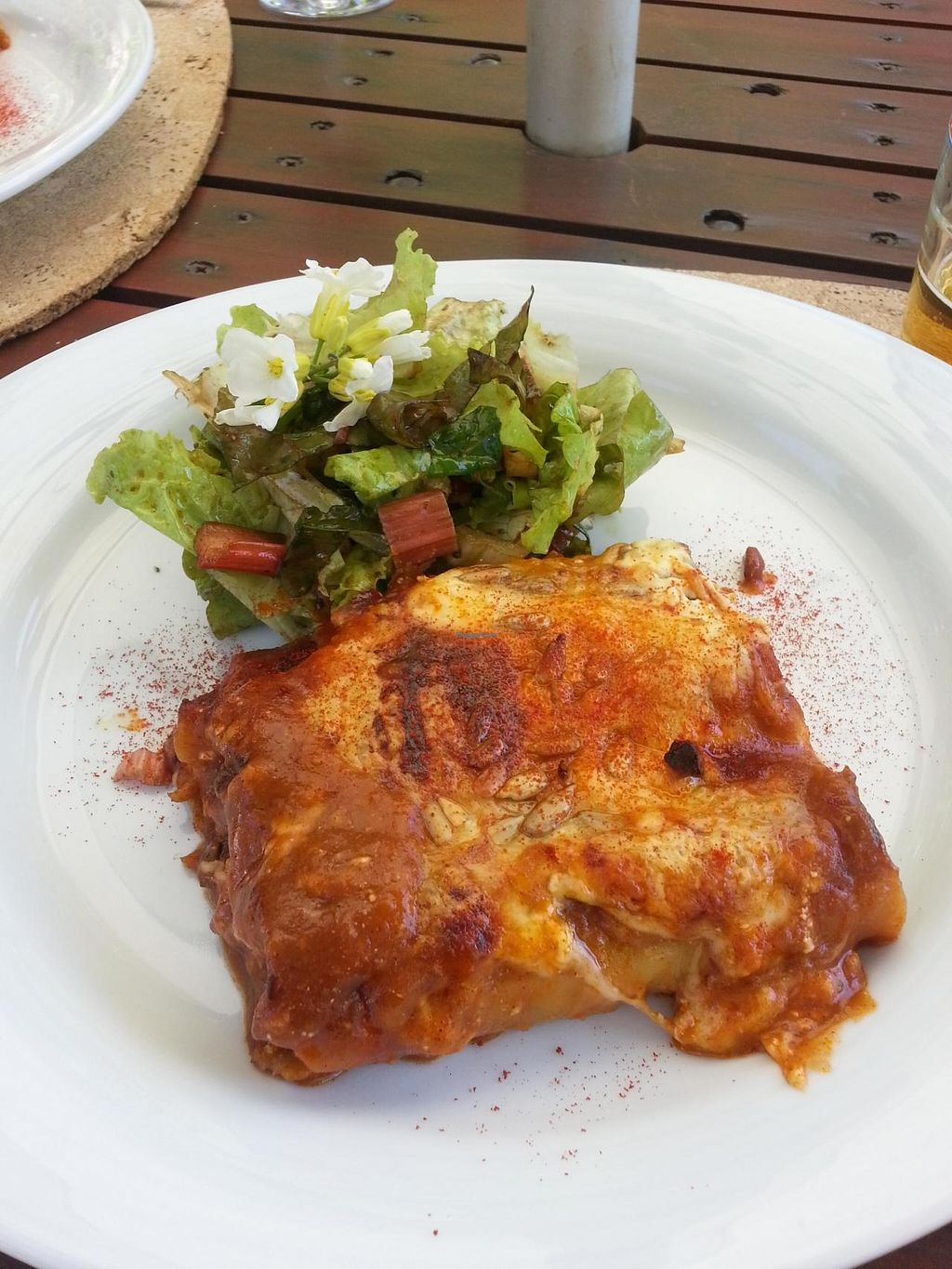 "Photo of Cor de Tangerina  by <a href=""/members/profile/dougdo"">dougdo</a> <br/>Main course of the menu do dia was a delicious cannelloni and salad <br/> April 24, 2015  - <a href='/contact/abuse/image/25067/100081'>Report</a>"