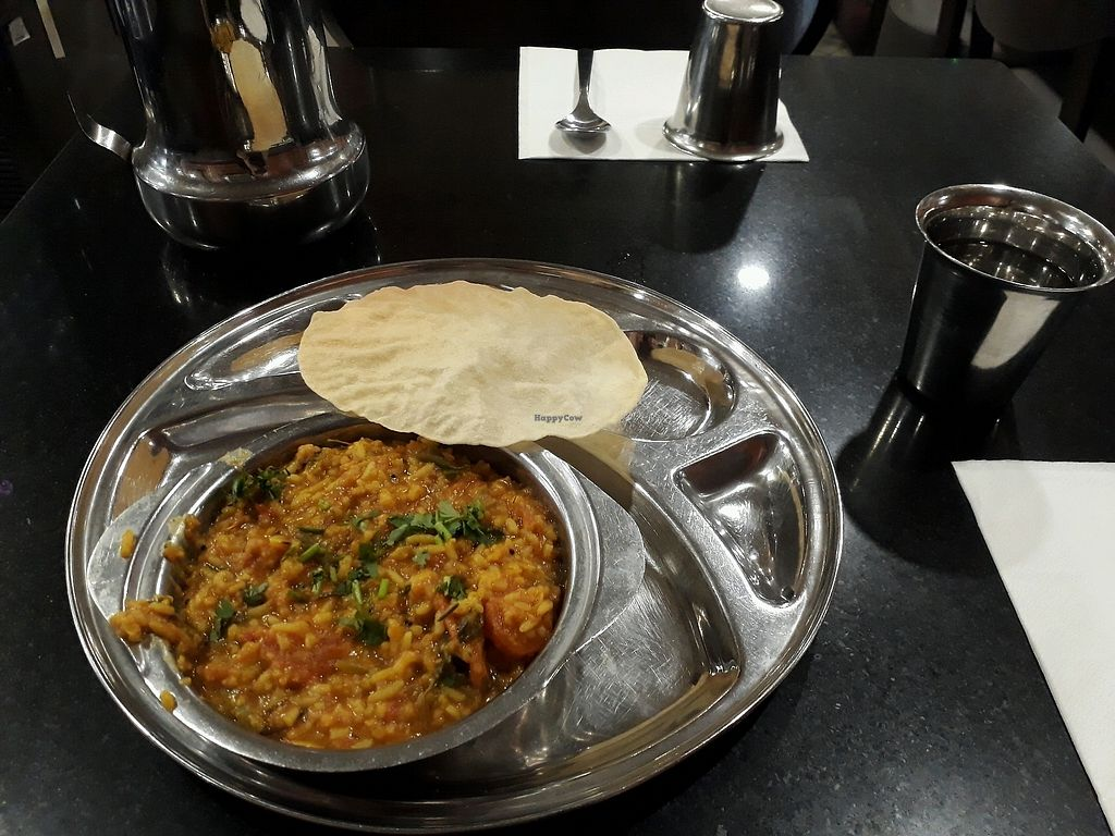 "Photo of Saravanaa Bhavan  by <a href=""/members/profile/ViolaceousViolin"">ViolaceousViolin</a> <br/>Rice with lentils and vegetables <br/> November 20, 2017  - <a href='/contact/abuse/image/25071/327573'>Report</a>"