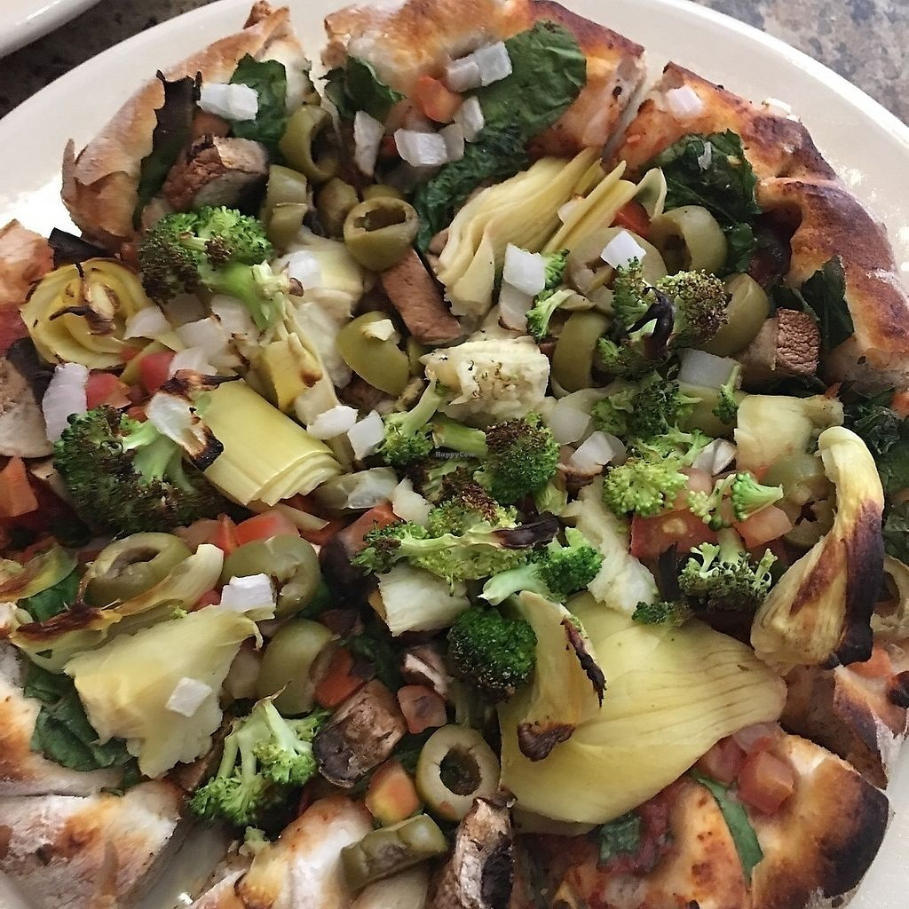 """Photo of WB Pizza - Allisonville Rd  by <a href=""""/members/profile/Resident%20Vegan"""">Resident Vegan</a> <br/>WB Pizza's """"The Vegan"""" features tons of amazing vegetables! <br/> October 4, 2017  - <a href='/contact/abuse/image/25317/311542'>Report</a>"""
