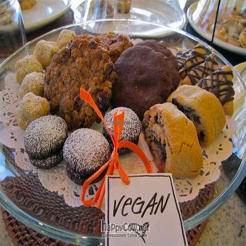 """Photo of Breakaway Bakery  by <a href=""""/members/profile/Lizzy101"""">Lizzy101</a> <br/>Yummy vegan cookies! <br/> February 12, 2011  - <a href='/contact/abuse/image/25403/7382'>Report</a>"""